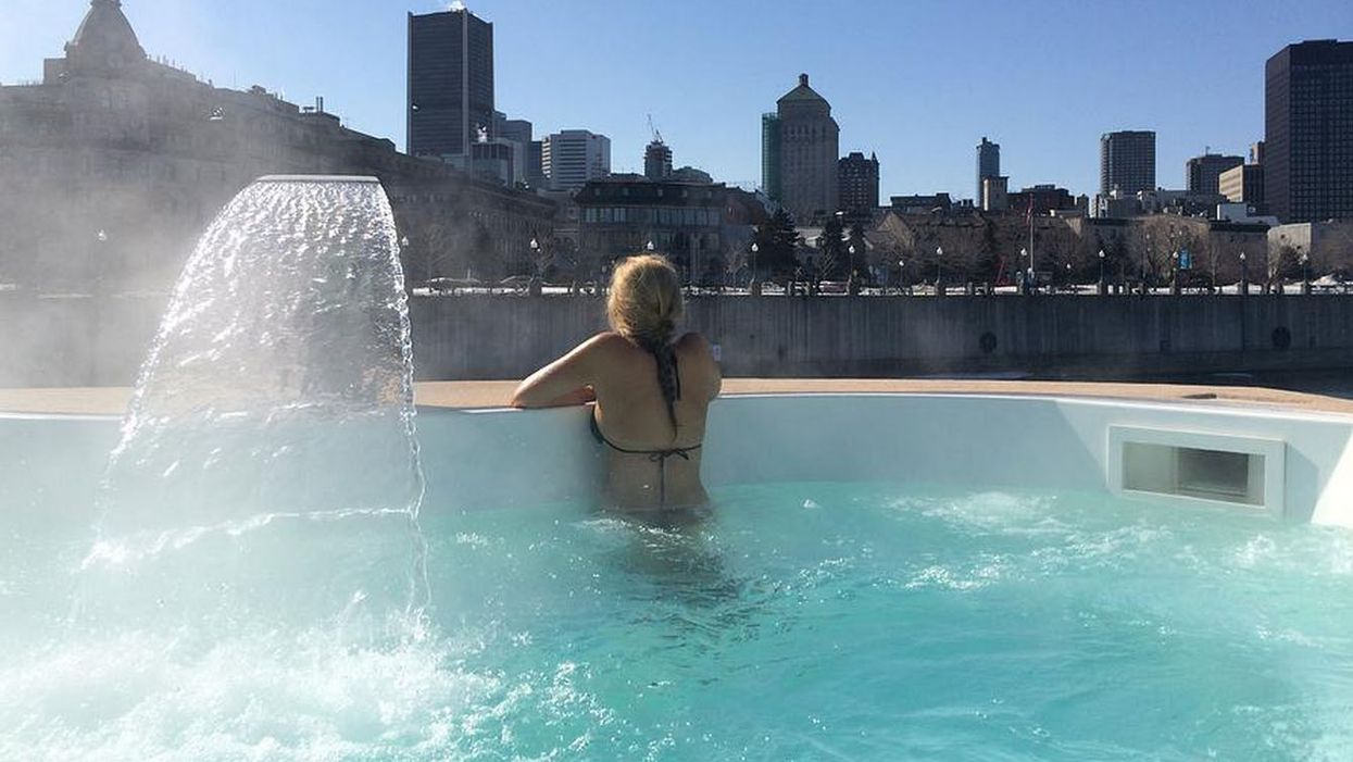 """Montreal's """"Bota Bota"""" Spa In The Old Port Is Hosting A """"Yoga New Year's Party"""""""