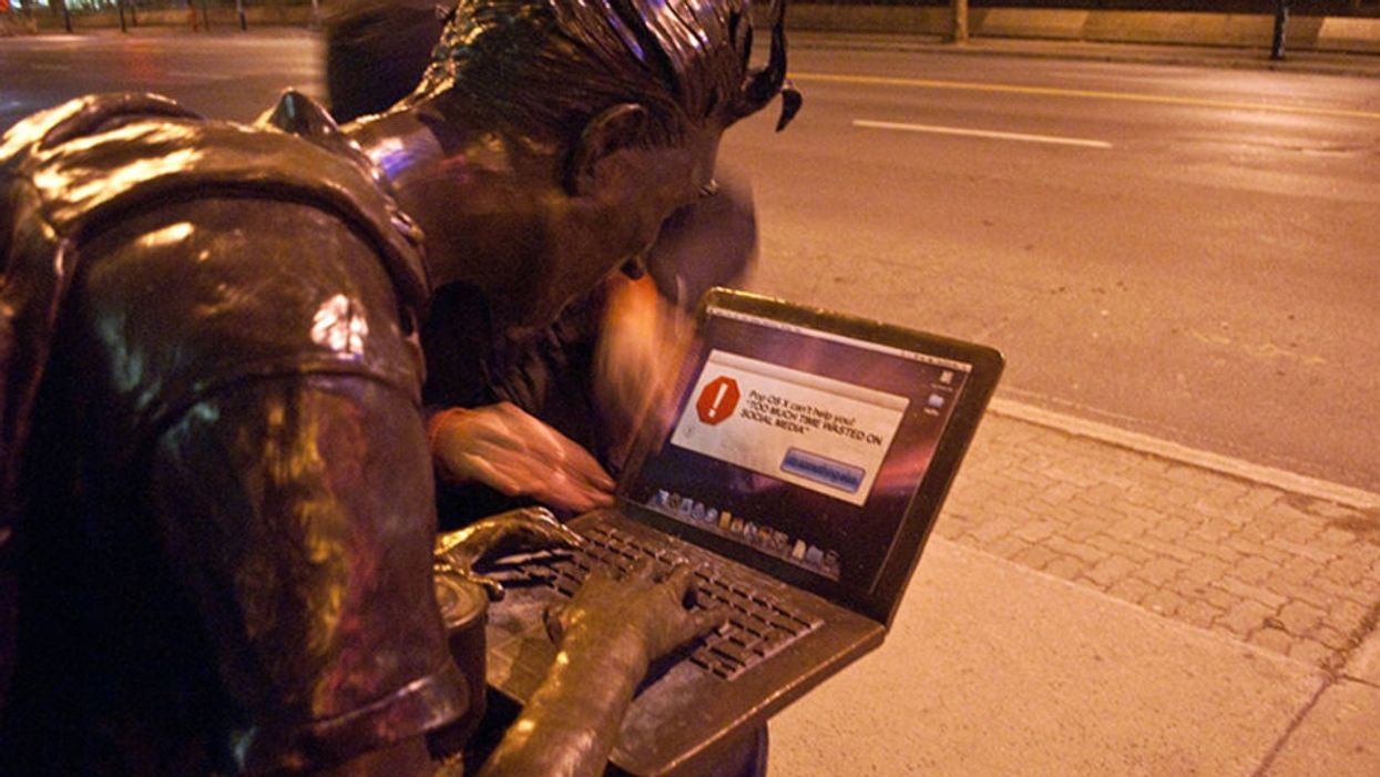 Montreal's McGill Student Statue On Sherbrooke Street Gets Pranked