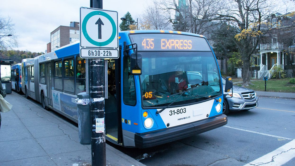 Montreal STM Bus Drivers Caught Texting While Driving