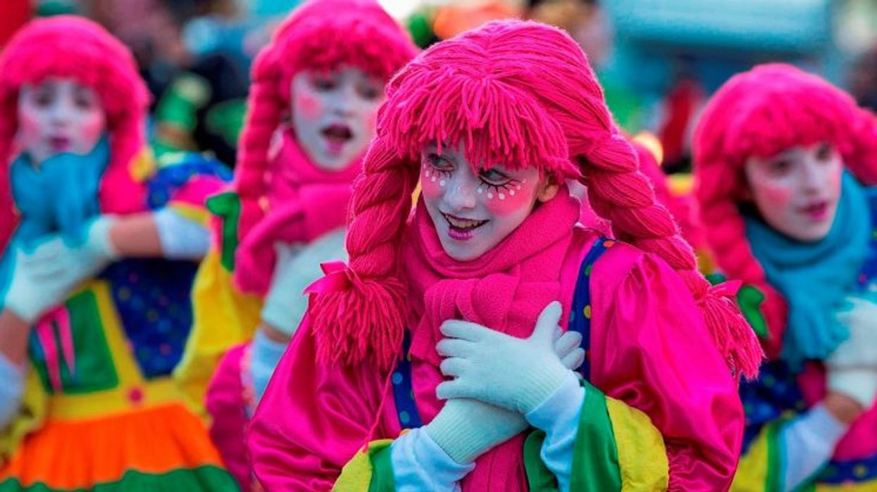 Montreal's Saint-Catherine Street To Host The 2014 Santa Claus Parade Tomorrow