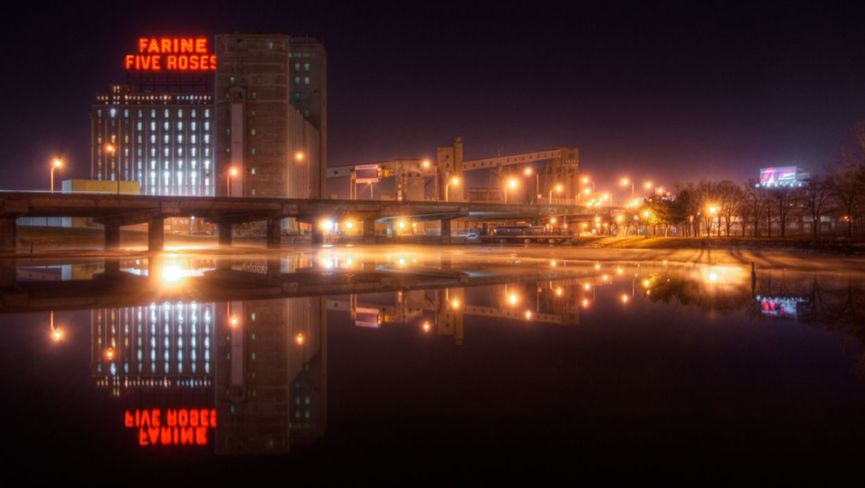 500 Different Photos Of Montreal's Iconic Farine Five Roses