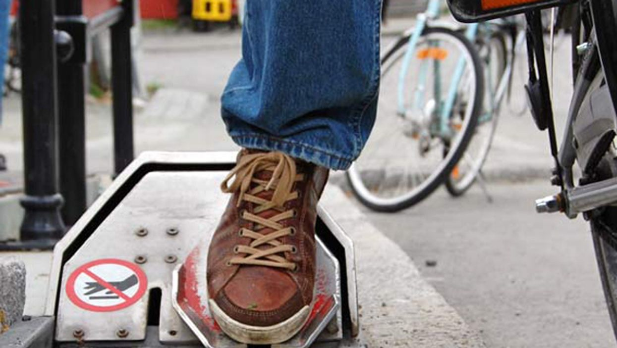 This Is The Bicycle Elevator That The City Of Montreal Desperately Needs Now