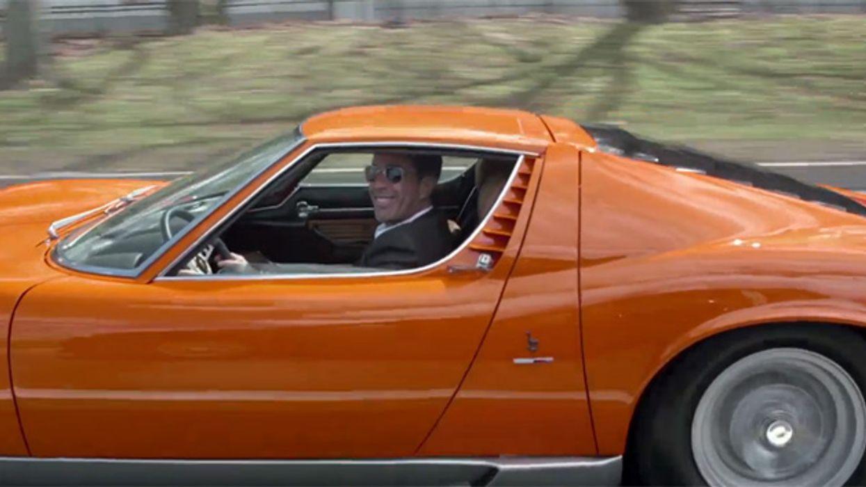 Jerry Seinfeld And Chris Rock Drive A Lamborghini In New York City