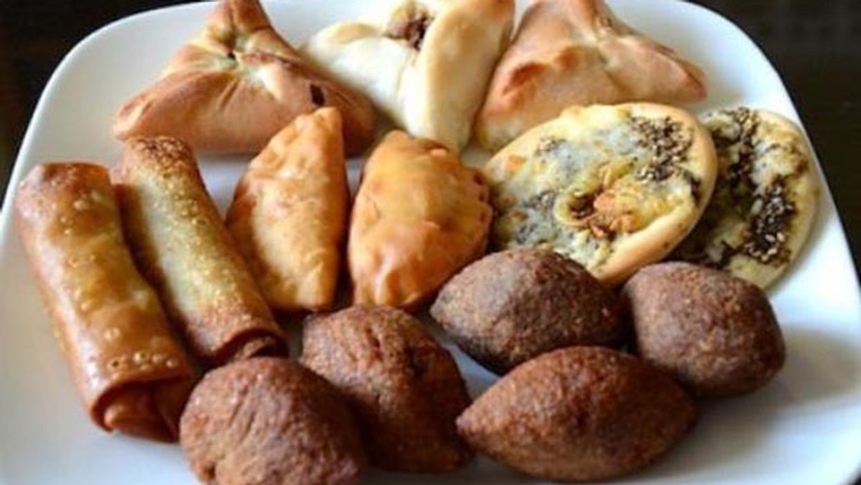 'Trip De Bouffe' Gets You Eating The Most Authentic And Delicious Lebanese Food