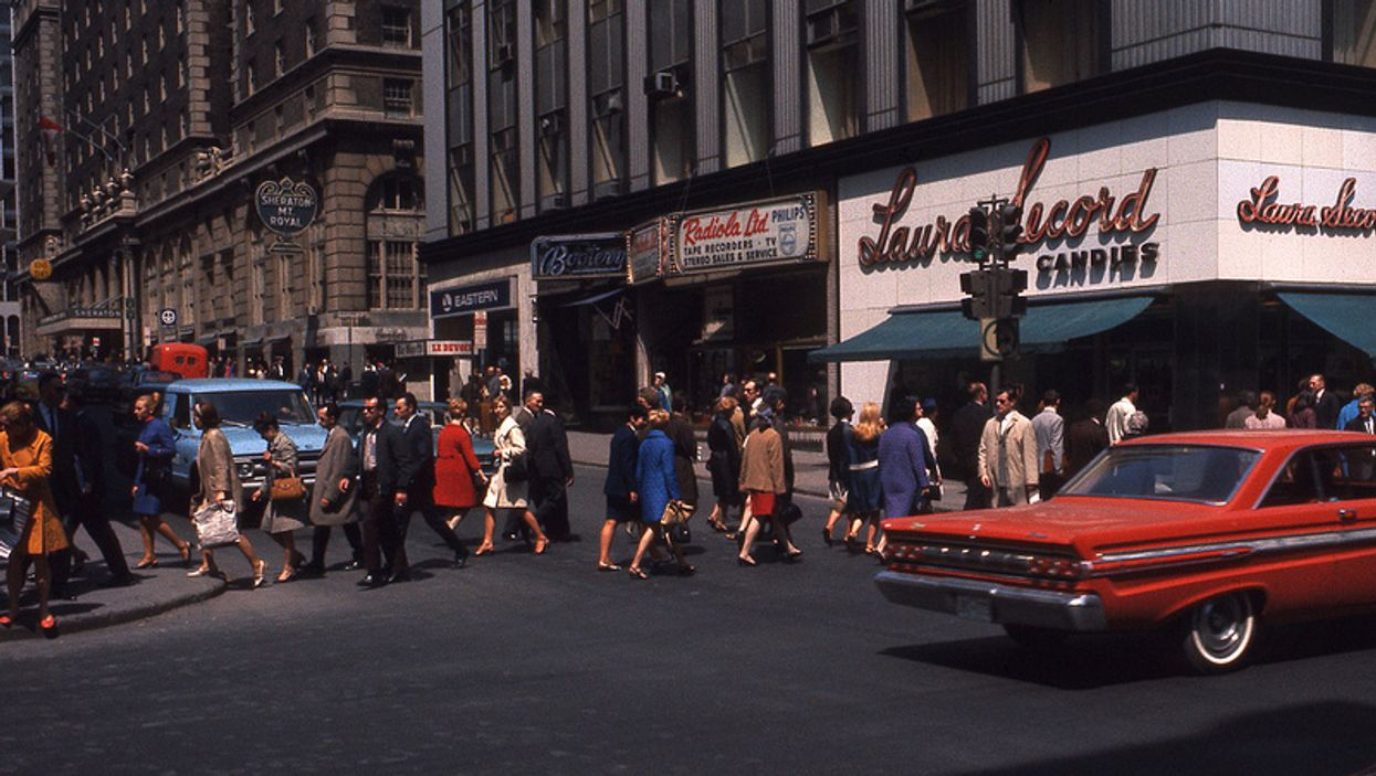Photos Of Montreal's Saint-Catherine Street In The Summer Of 1969