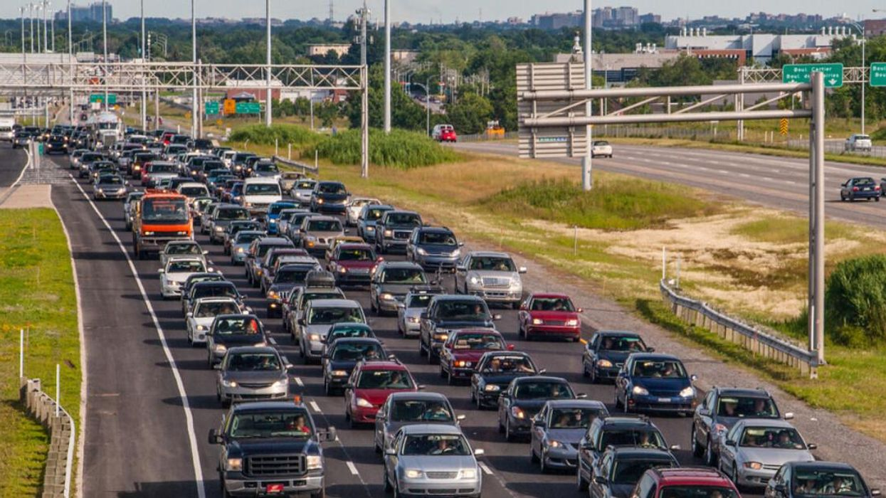 A Massive 10 km Laval Traffic Jam Clogged A Highway As Crews Carried Out Emergency Work