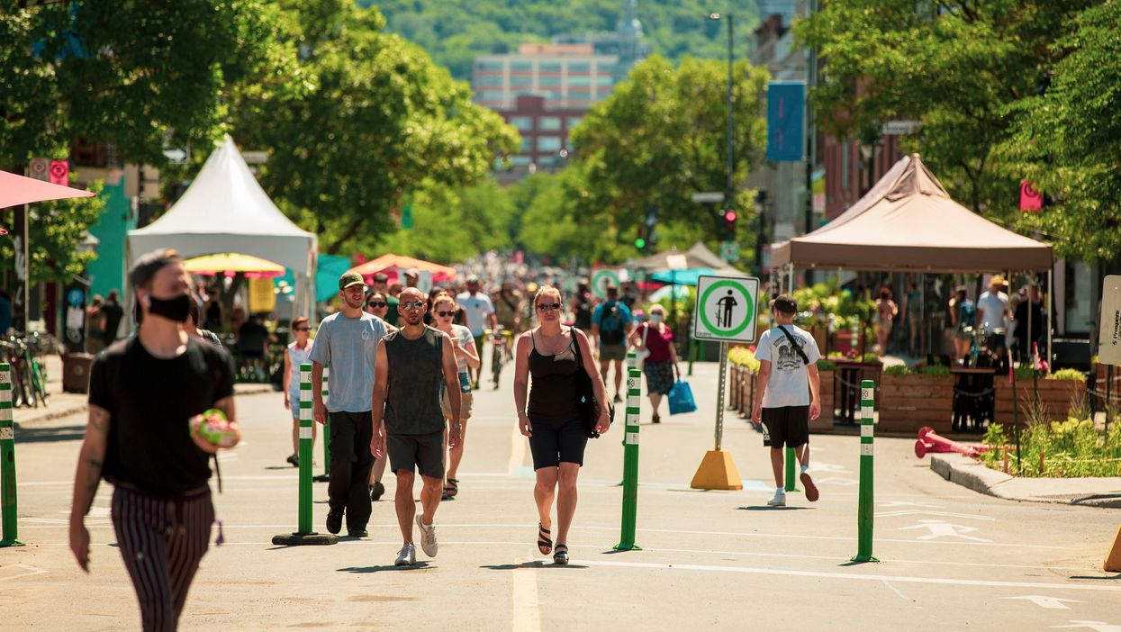 Ave. du Mont-Royal Will Soon Be Pedestrian Only & Here's What's Planned For This Summer