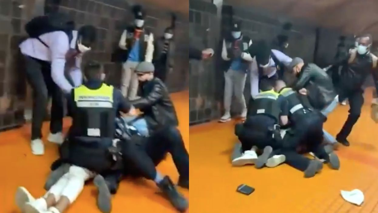 A Video Shows STM Officers Wrestling Someone After They Allegedly Didn't Pay Metro Fare
