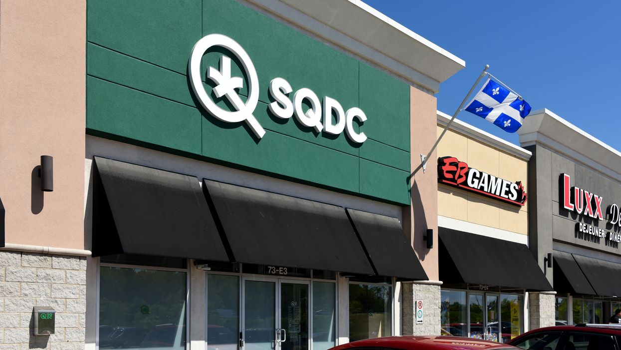 The SQDC Is Hiring For 28 In-Store Positions & You Can Apply In Time For 4/20