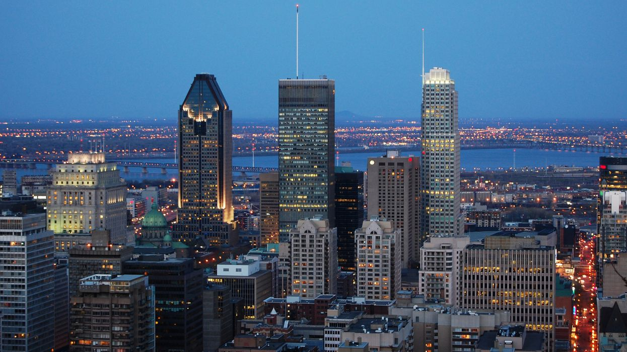 7 Jobs Hiring In Montreal Right Now That Pay At Least $20/Hour
