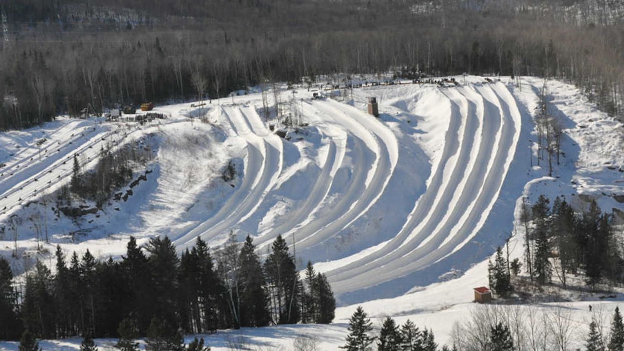You Can Reach Up To 100 km/h Speeds At This Giant Tubing Park An Hour From Montreal