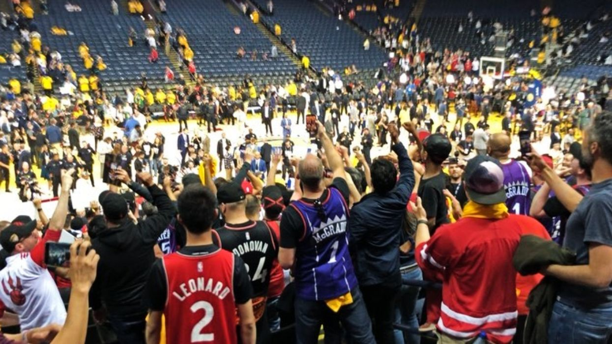 If The Raptors Win Tonight They'll Be The 1st Canadian Team To Win A Major Championship Title Since 1993