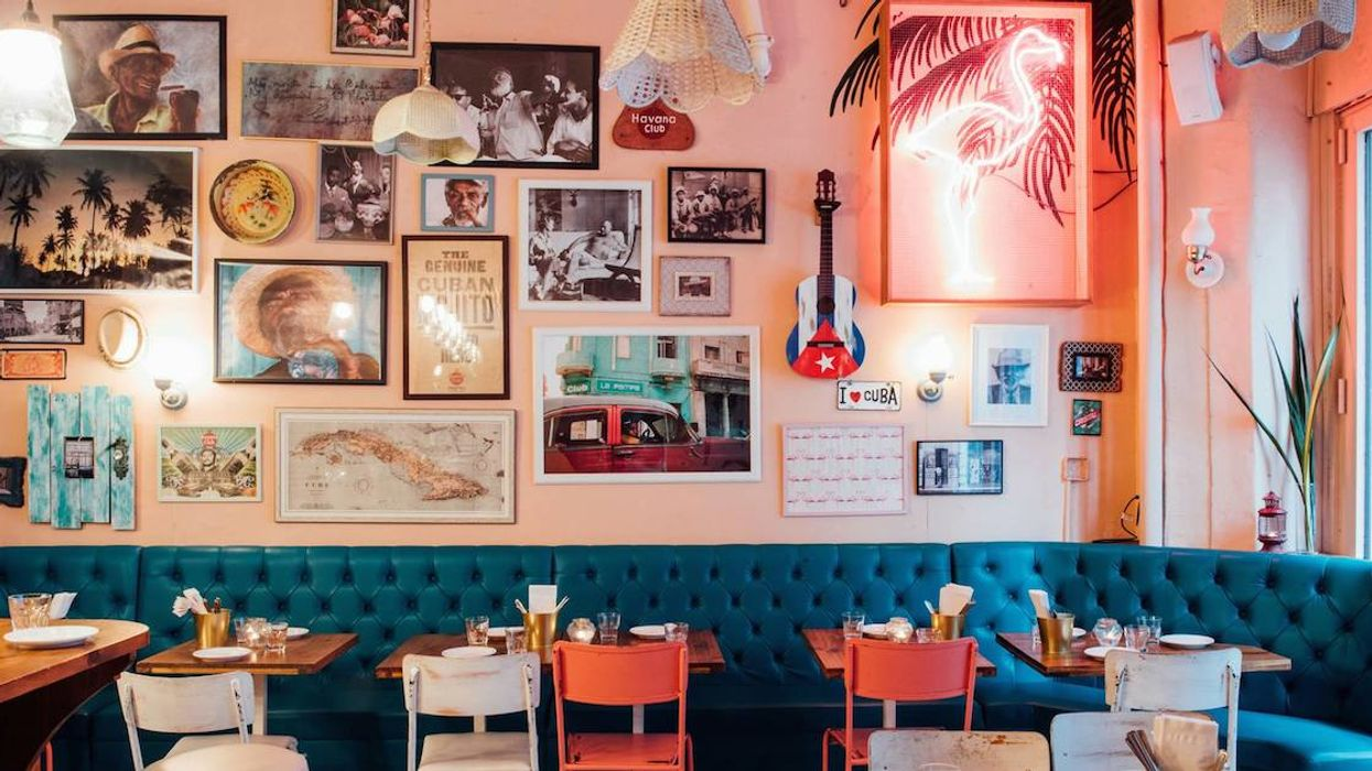 23 Montreal Restaurants That Are Great To Take A Date