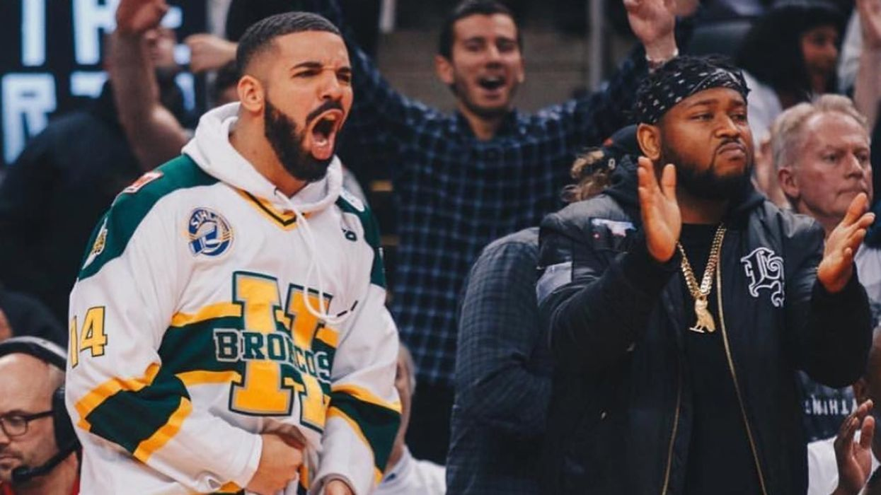 Basketball Fans Think Drake Needs To Sit Down And Shut Up