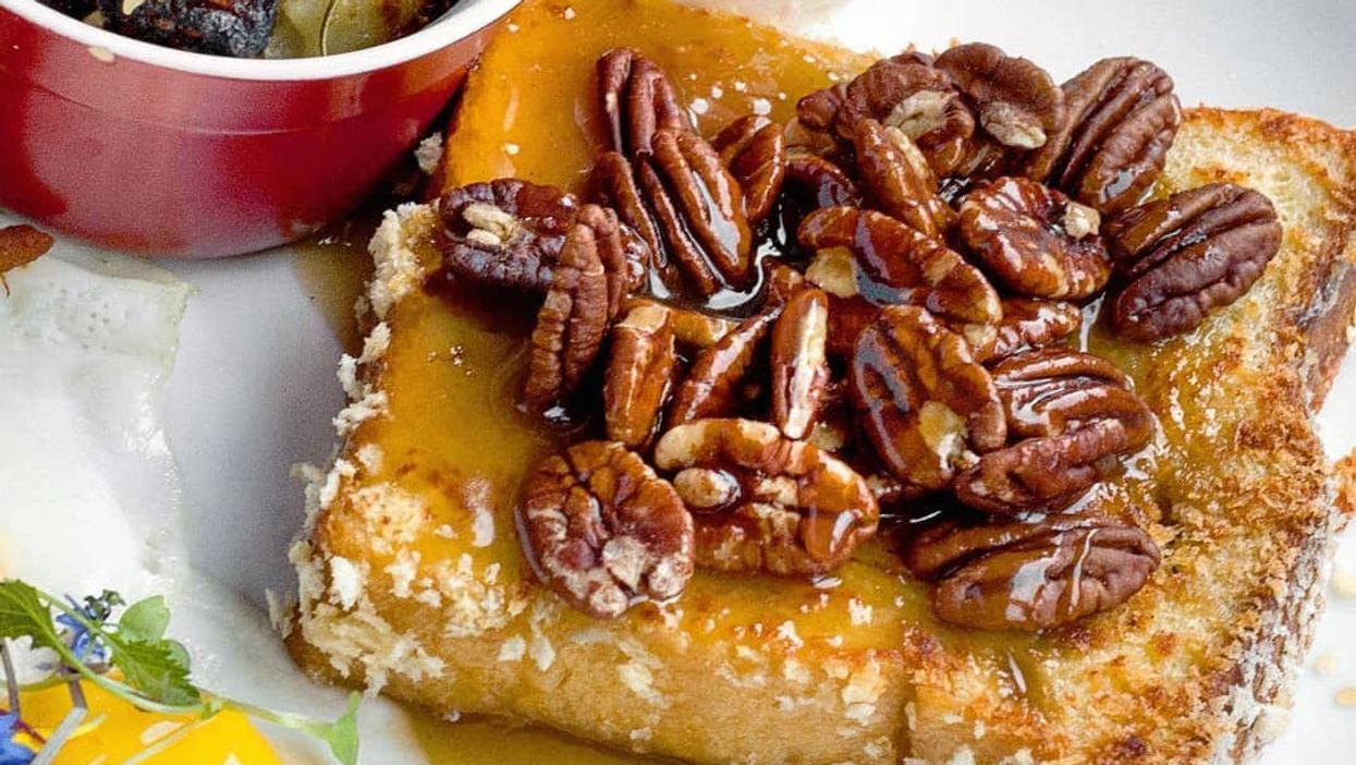 """You Can Now Get """"Pecan Pie French Toast"""" In Montreal"""