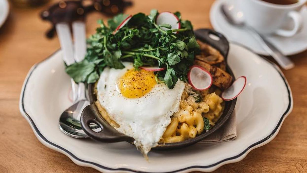 """You Can Now Get """"Brunch Mac & Cheese"""" At This Montreal Restaurant"""