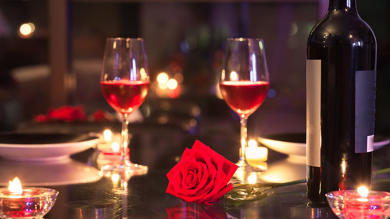 """8 Montreal Restaurants Have Been Ranked """"Most Romantic"""" In All Of Canada"""