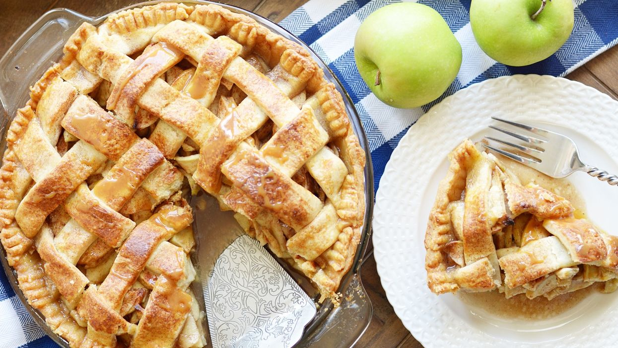 """The """"Apple Pie Festival"""" Near Montreal You Must To Road Trip To"""