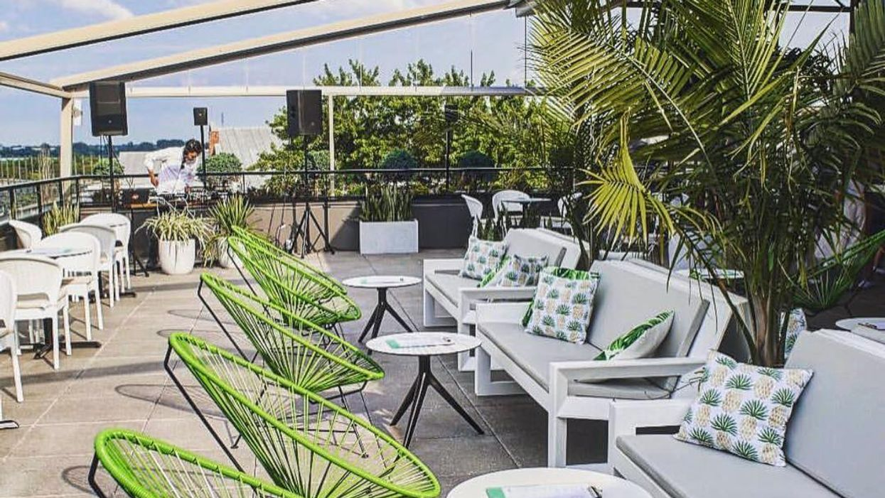 """Montreal's Hidden """"Tropical Rooftop Terrasse"""" You Need To Go To Before The End Of Summer"""