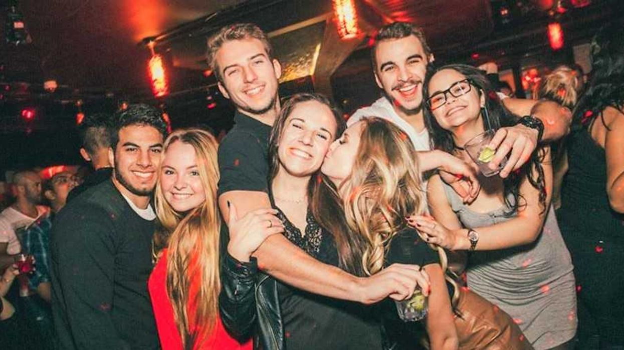 12 Montreal Bars Where You Can Meet A Guy For 'The Night', For 'A Summer Fling', Or For 'Forever'