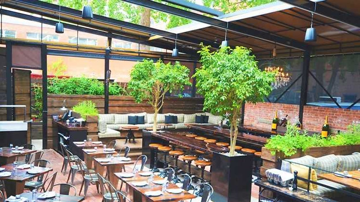 20 Lovely Restaurants In Montreal For First Dates, Anniversaries, & Proposals