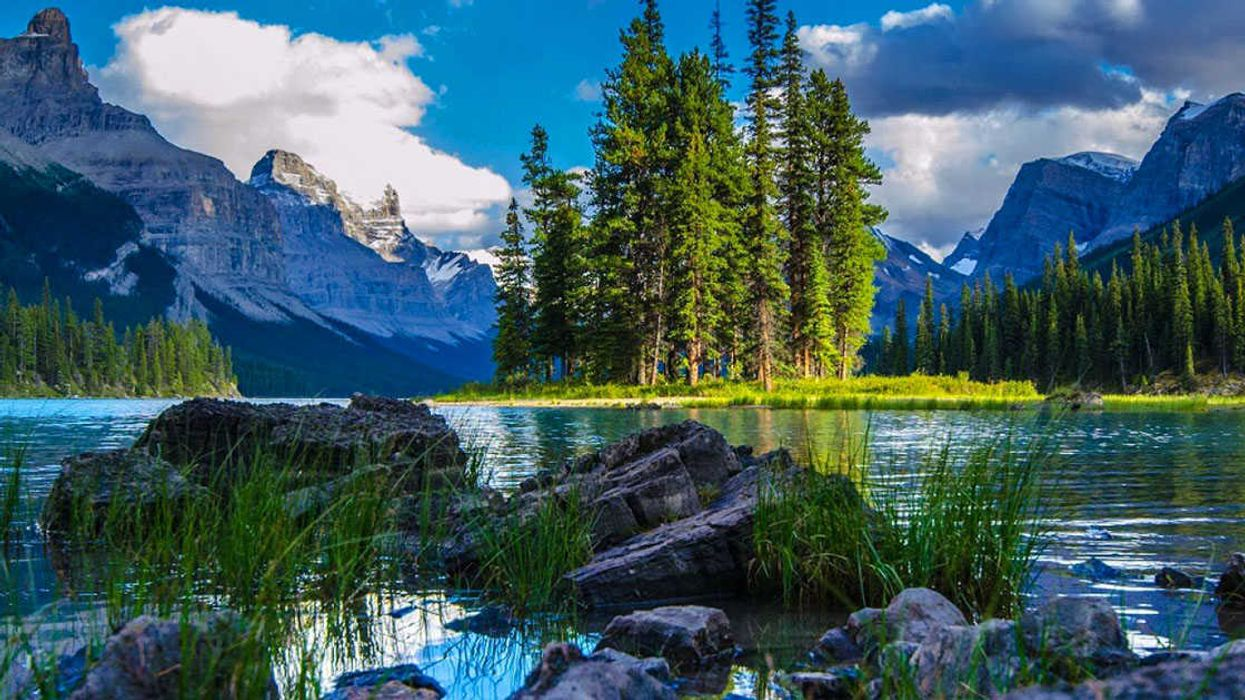 These Are The 7 Wonders Of Canada