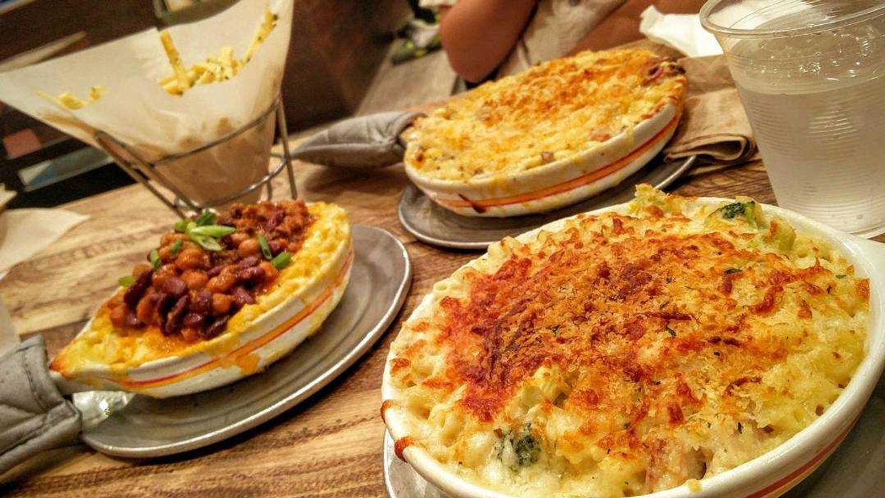 """Montreal Opens Its First-Ever """"All You Can Eat"""" Mac & Cheese Restaurant"""