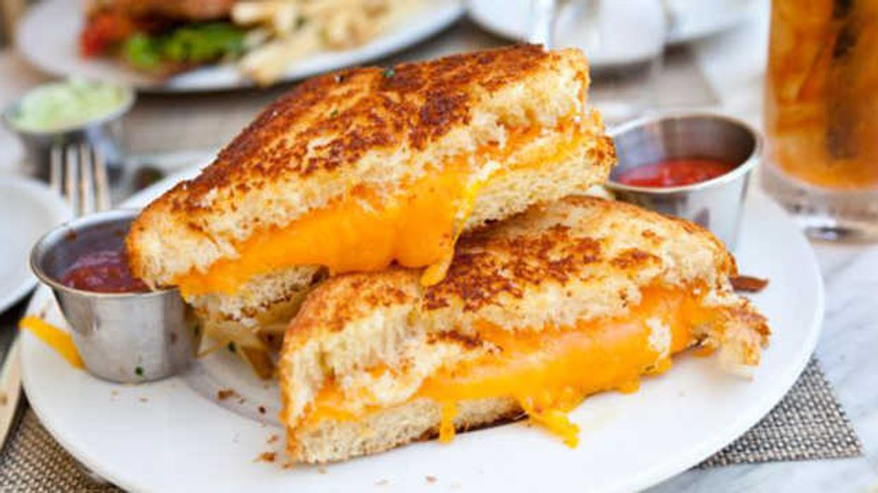 Montreal Is Going To Host Quebec's Largest Grilled Cheese Festival