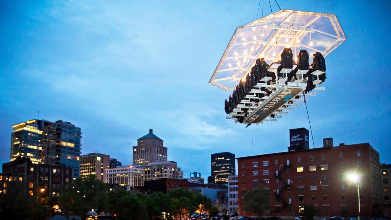 """Where You Can Have """"Dinner In The Sky"""" This Summer In Quebec"""