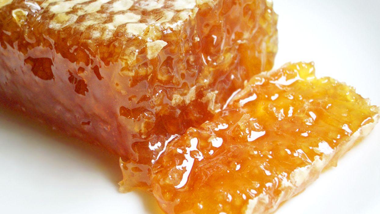 11 Health & Beauty Benefits Of Eating Honey
