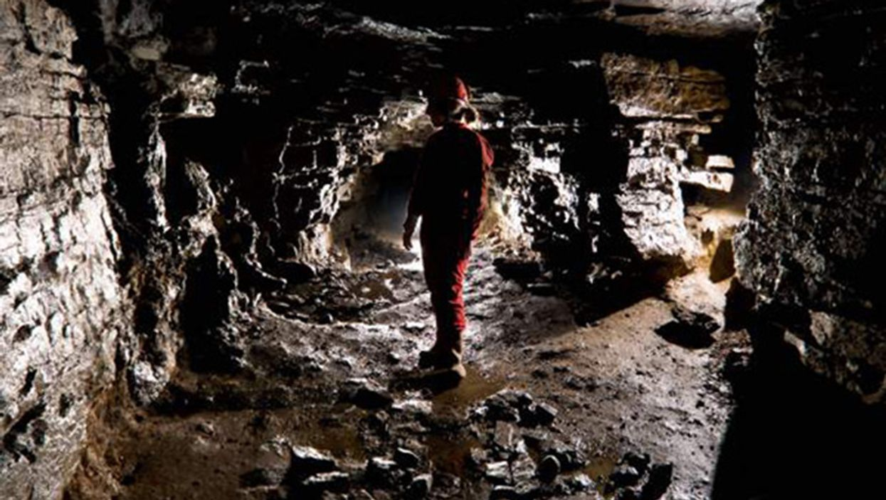 The Secret Montreal Cave You Can Visit And Explore With Your Friends
