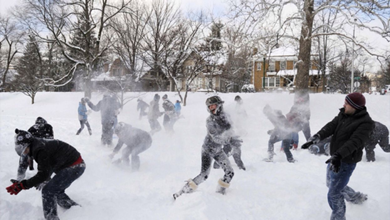 """Montreal Is Hosting A Giant """"Urban Snowball Fight"""" This Saturday"""