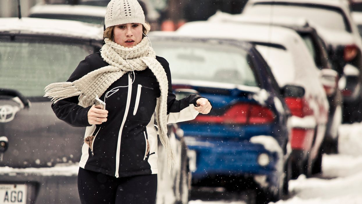 10 Ways To Get Fit This Winter Without A Gym
