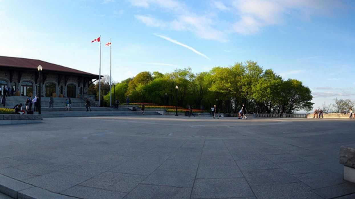 Montreal's Mont-Royal Chalet Possibly Getting A Coffee Shop In 2015