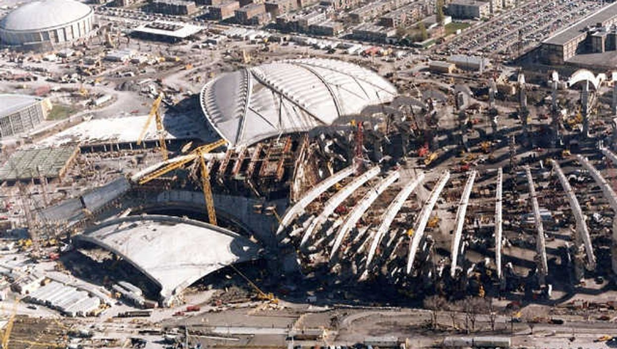 15 Pictures Of The Montreal Olympic Stadium Being Built [1973 - 1976]