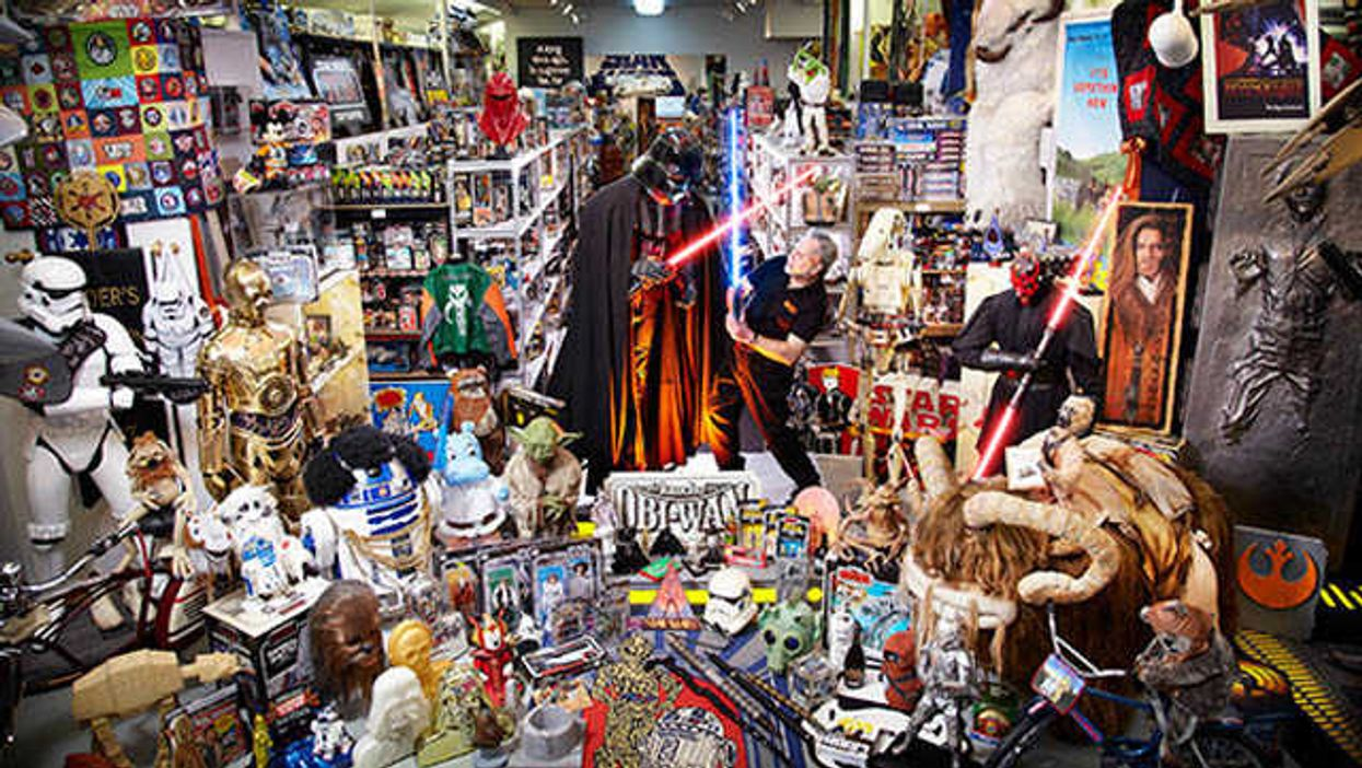World's Largest Star Wars Collection, Uber-Nerd Claims Title