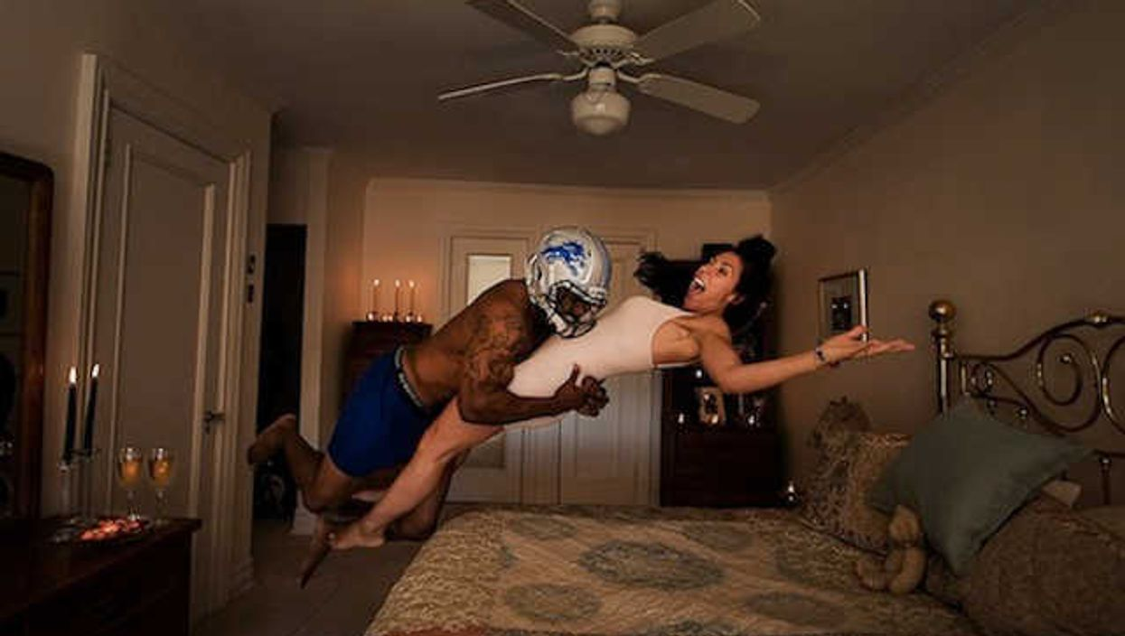 15 Incredible Pictures Of Athletes Performing Their Sport In Daily Situations