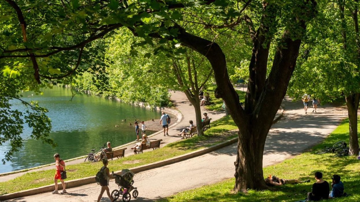 The Weather In Montreal Is Finally About To Get Hot Again