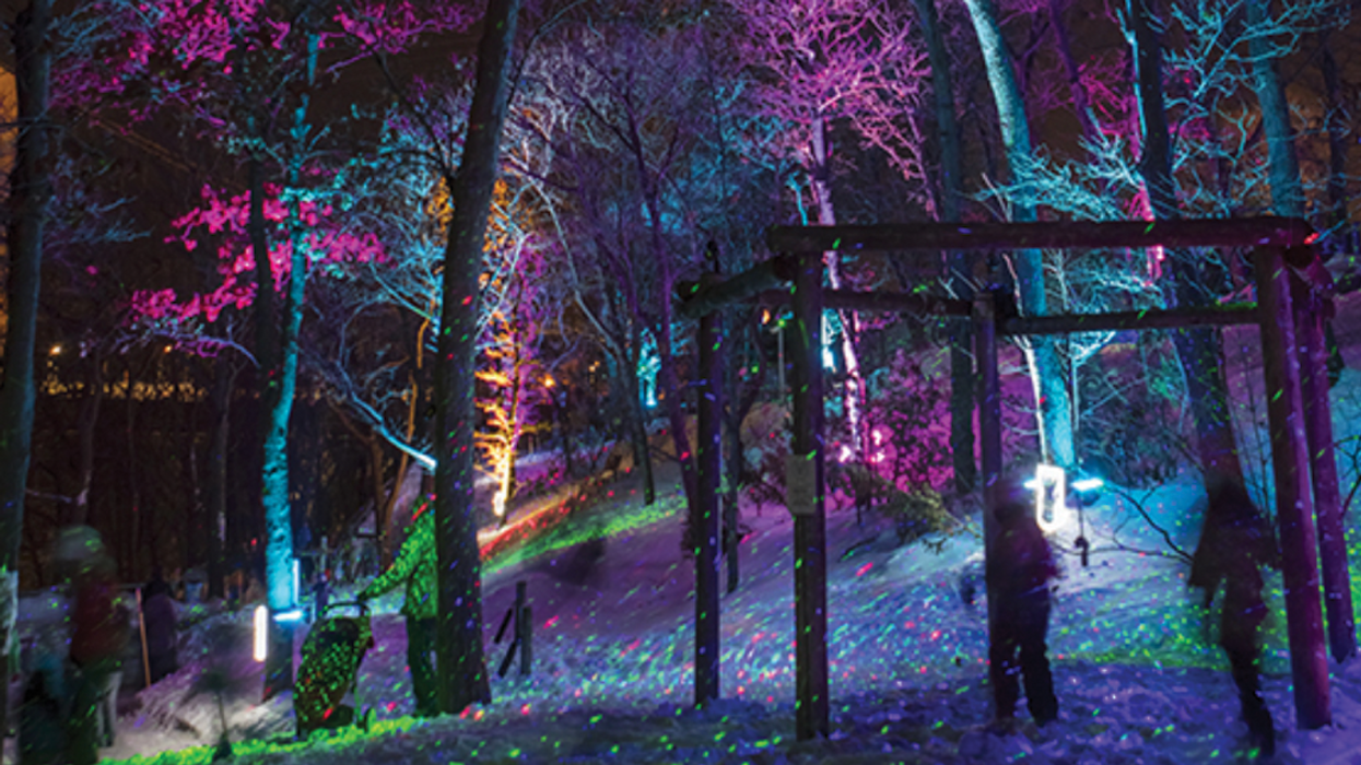 """The """"Christmas Lights Festival"""" Just Outside Of Montreal You Need To Visit This Holiday Season"""