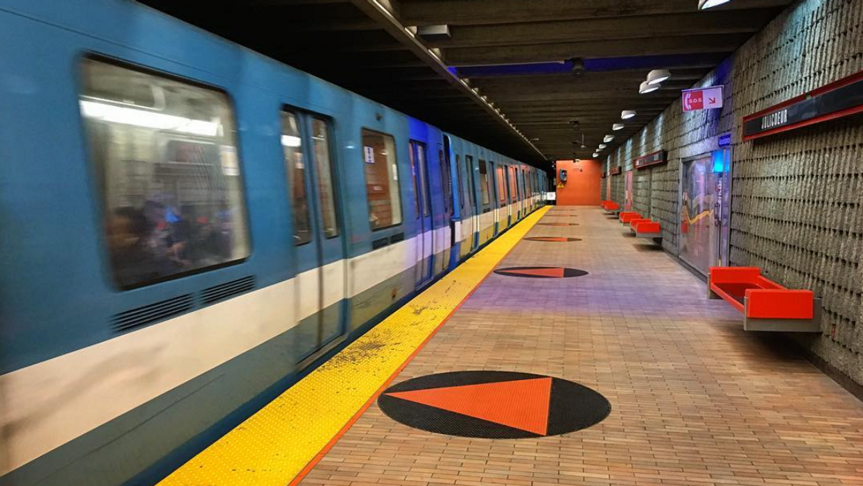 The STM Is Giving Out Fines To Montrealers In The Metro Even Though It's Illegal