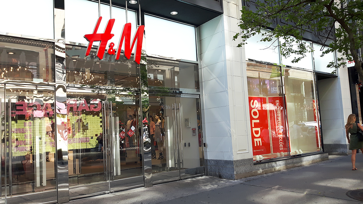"""Downtown Montreal H&M Is Having An Insane """"End Of Summer"""" Clothing Sale"""