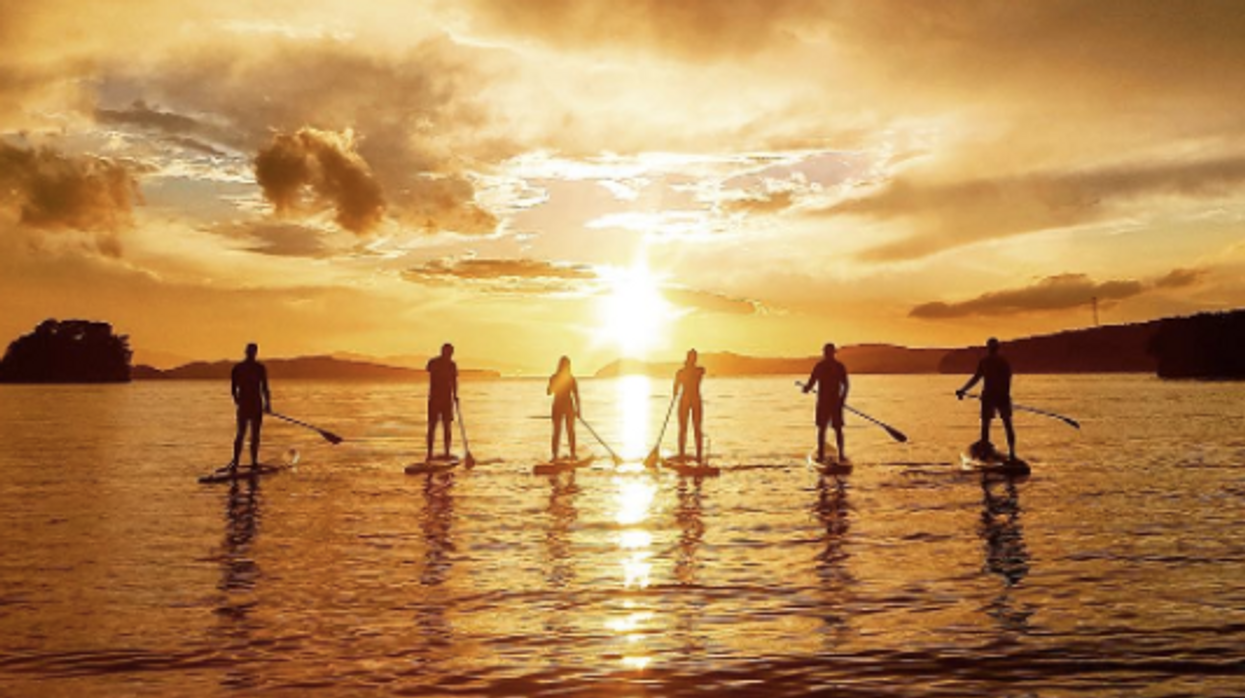 """11 Lakes Near Montreal That Are Perfect For """"Stand-Up Paddle Boarding"""" This Summer"""