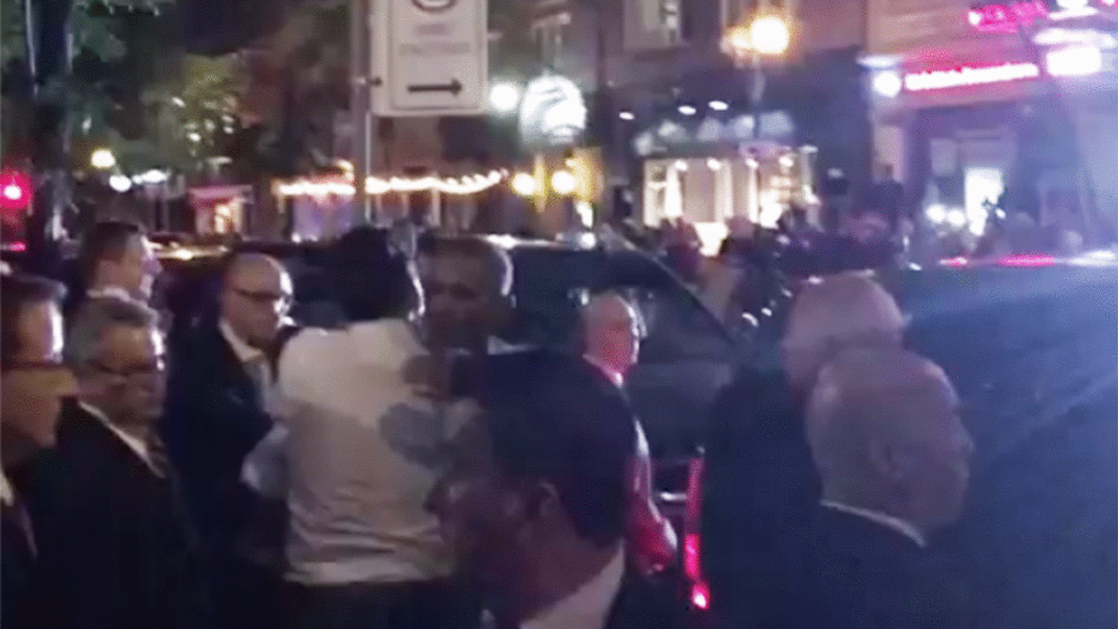 Video Showing Barack Obama And Justin Trudeau Hugging Outside Of Montreal's Liverpool House
