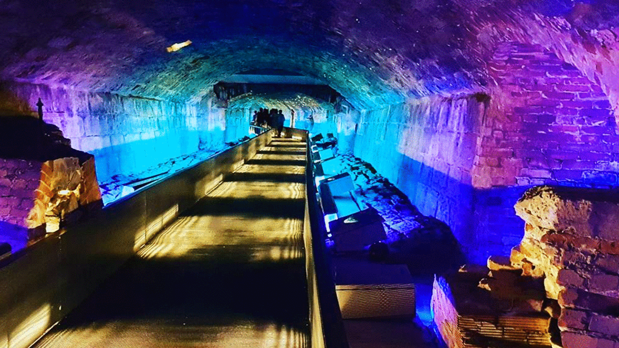 Old Montreal Has An Underground Cave You Can Explore You Probably Never Knew About (Photos)