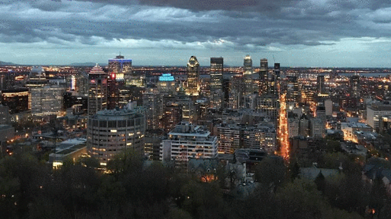 """The Haunted Summer """"Ghost Tour"""" On Montreal's Mount-Royal You Need To Check Out"""