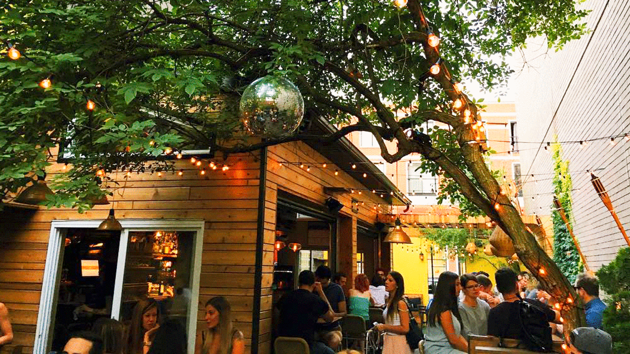 11 Montreal Bars With Terrasses You Need To Go To With Your Friends For Your Birthday