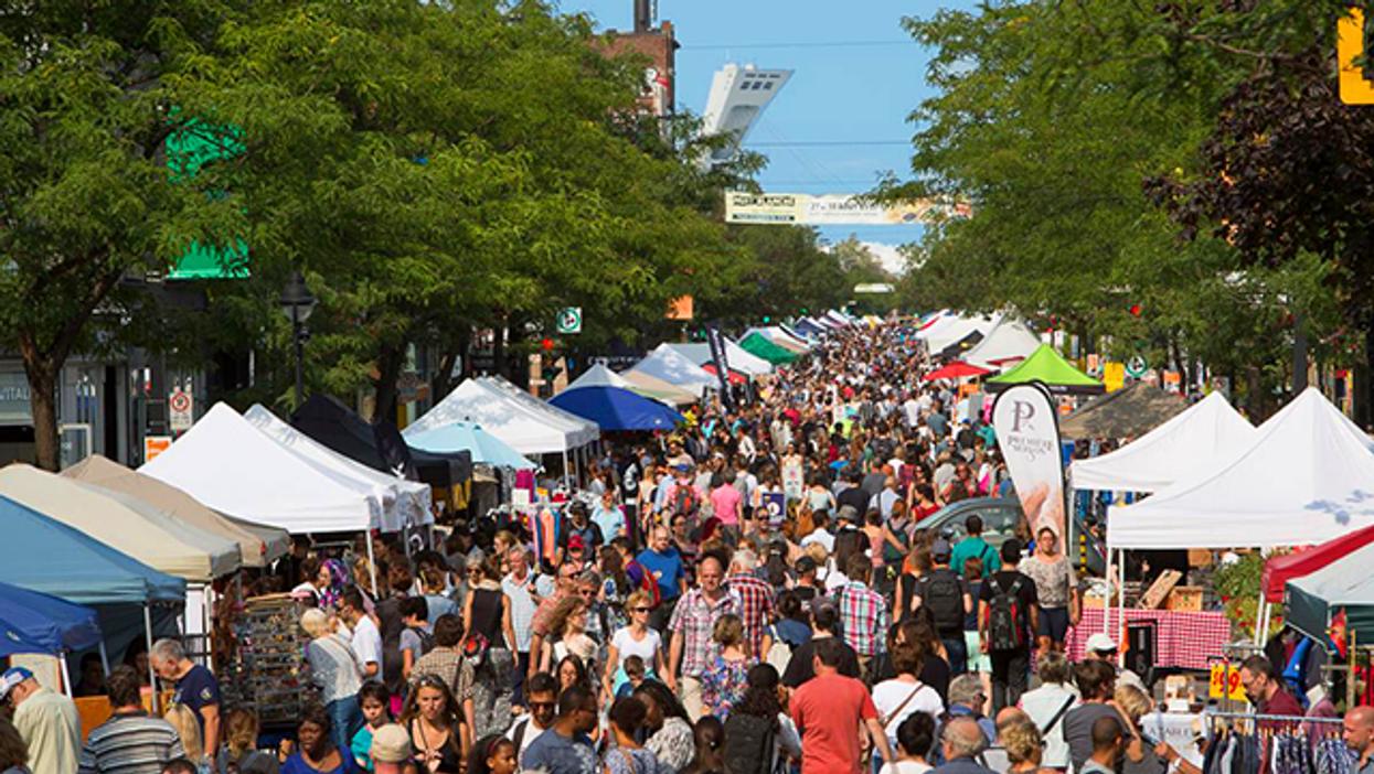 Montreal Closing Off Avenue Mont-Royal For Huge Sidewalk Sale