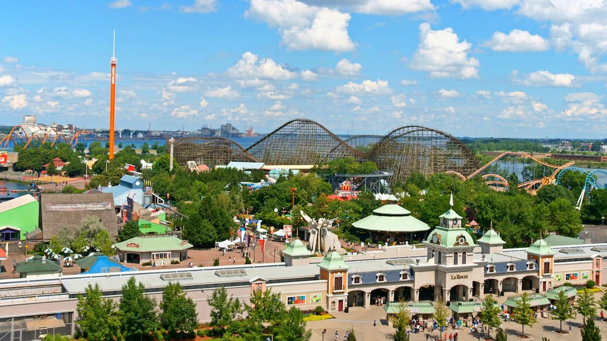 La Ronde Is Hiring To Fill 1,000 Summer Jobs & Employees Get Tickets For Their Friends