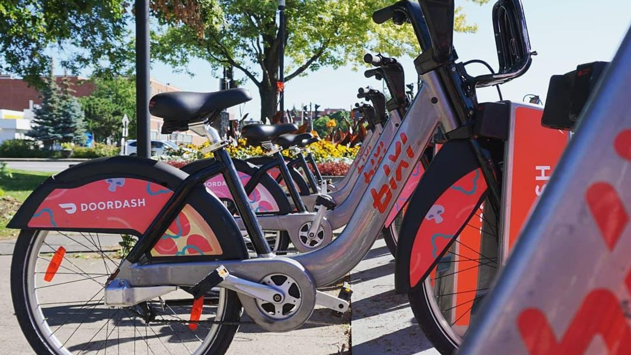 Montreal's BIXI Season Starts Winding Down Soon — Here's How Much Time You Have To Ride