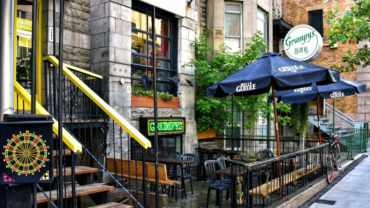 Quebec Restaurants & Bars Are Officially Going Back To Max Capacity